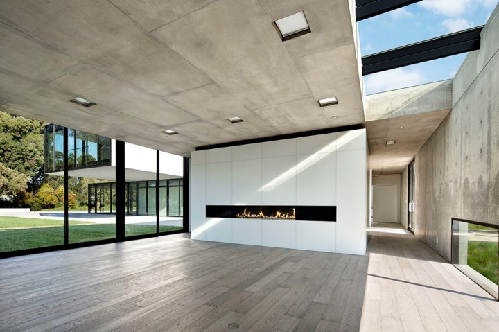 oz-by-stanley-saitowitz-natoma-architects-inc-construction-26-960