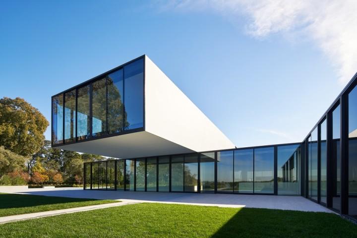 oz-by-stanley-saitowitz-natoma-architects-inc10-960