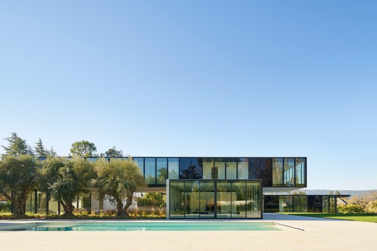 oz-by-stanley-saitowitz-natoma-architects-inc12-960