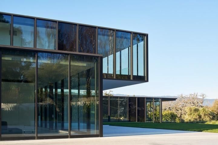 oz-by-stanley-saitowitz-natoma-architects-inc13-960