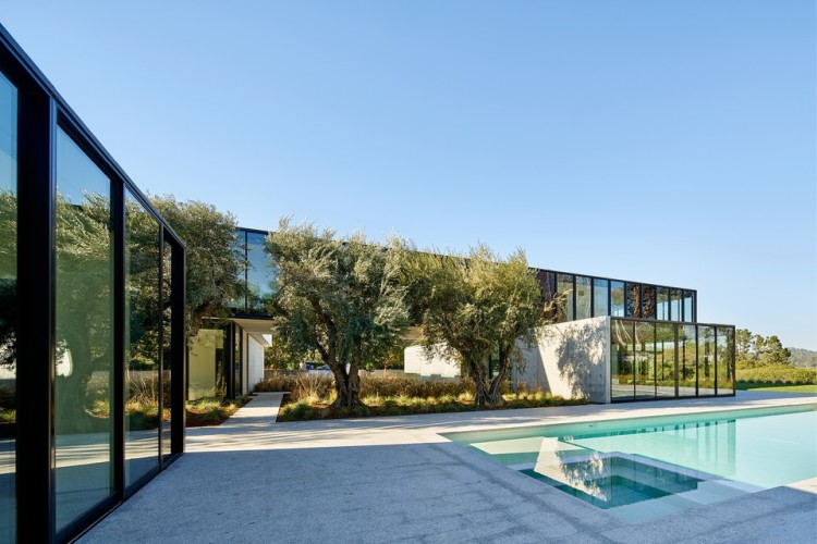oz-by-stanley-saitowitz-natoma-architects-inc15-960
