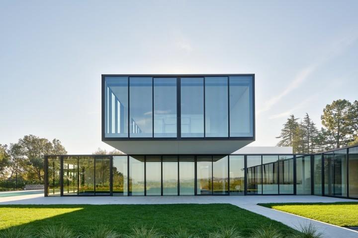 oz-by-stanley-saitowitz-natoma-architects-inc16-960