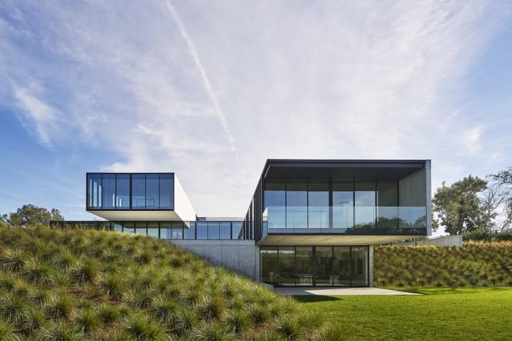 oz-by-stanley-saitowitz-natoma-architects-inc17-960