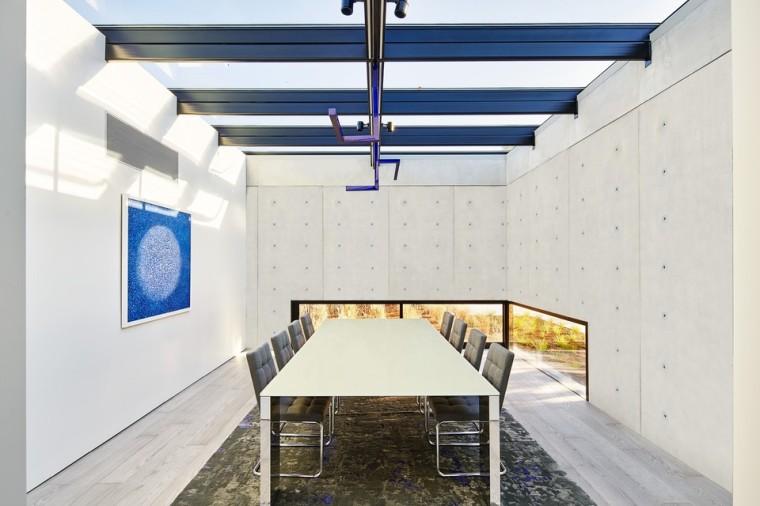 oz-by-stanley-saitowitz-natoma-architects-inc19-960