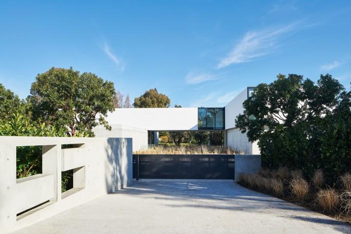 oz-by-stanley-saitowitz-natoma-architects-inc3-960