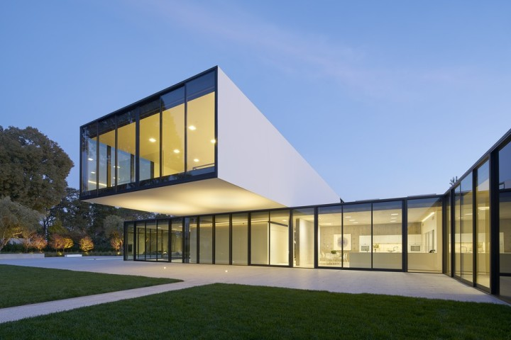 oz-by-stanley-saitowitz-natoma-architects-inc31-960