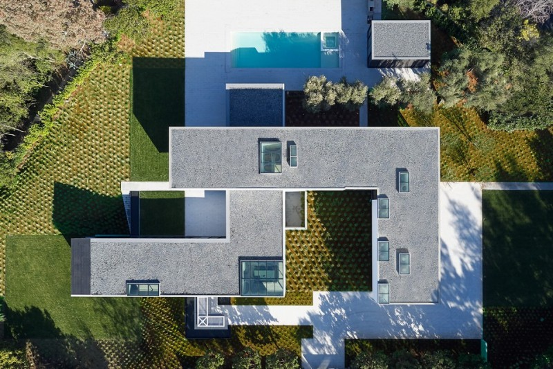 oz-by-stanley-saitowitz-natoma-architects-inc32-960