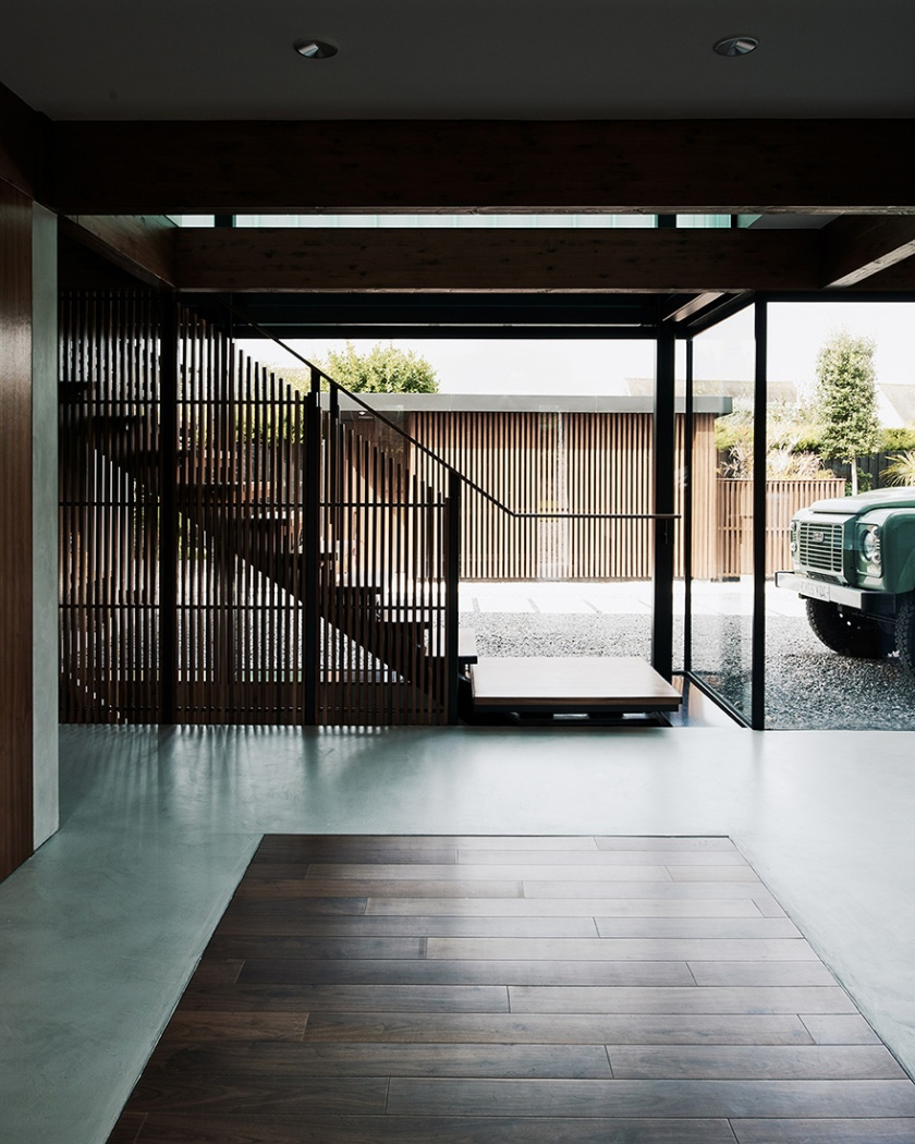 Hyde-and-Hyde-Silver-House-14