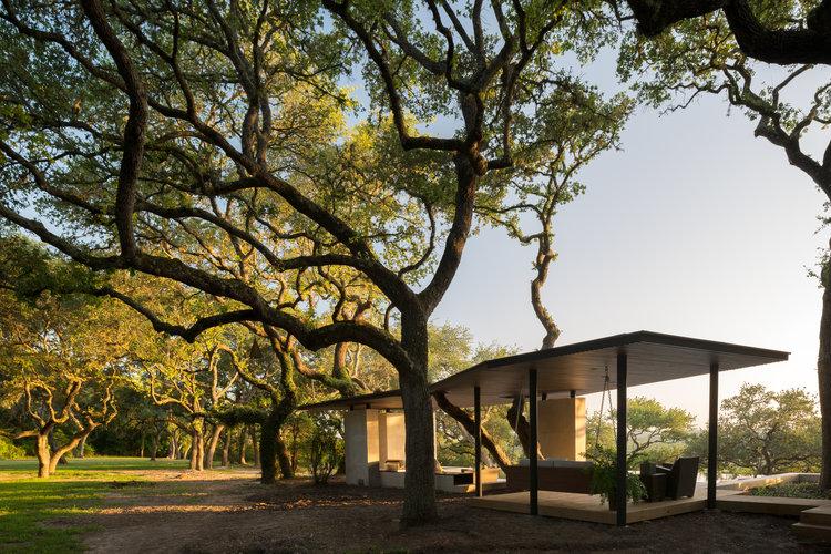 La Grange Pavilion by Murray LeggeArchitecture