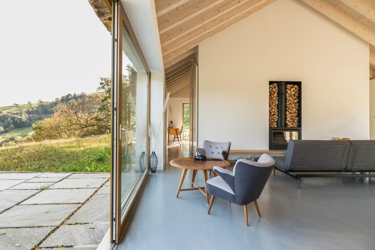 villa-slow-holiday-retreat-valles-pasiegos-david-montero-laura-alvarez-architecture-08