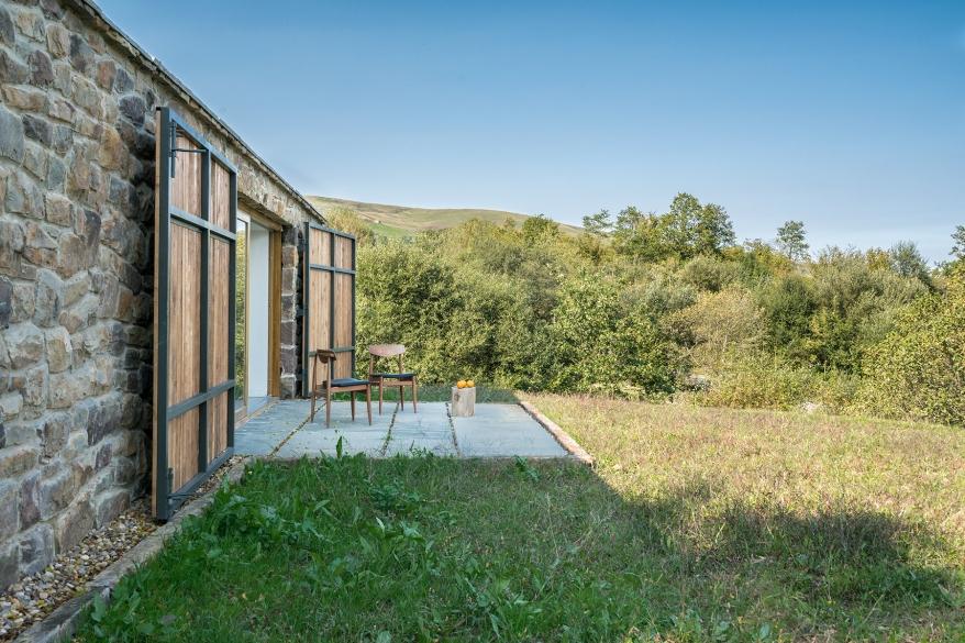 villa-slow-holiday-retreat-valles-pasiegos-david-montero-laura-alvarez-architecture-13