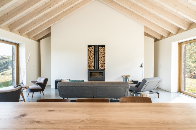 villa-slow-holiday-retreat-valles-pasiegos-david-montero-laura-alvarez-architecture-15