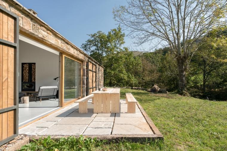 villa-slow-holiday-retreat-valles-pasiegos-david-montero-laura-alvarez-architecture-37