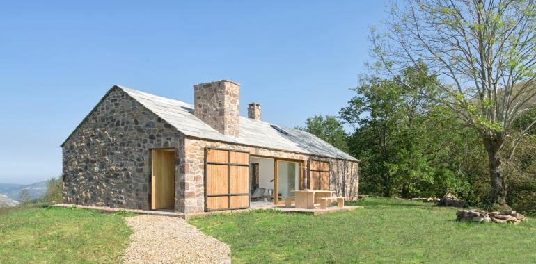 villa-slow-holiday-retreat-valles-pasiegos-david-montero-laura-alvarez-architecture-39a