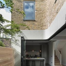 Brackenbury House by Neil Dusheiko Architects 06