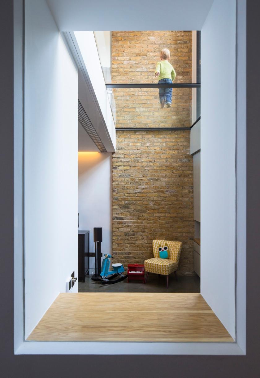 Brackenbury House by Neil Dusheiko Architects 07