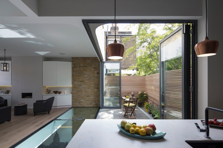Brackenbury House by Neil Dusheiko Architects 10