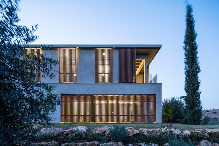 Golany-Architects_Residence-in-the-Galilee_01_Amit-Geron
