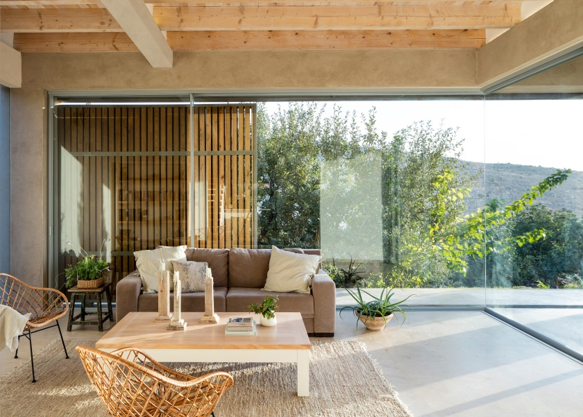Golany-Architects_Residence-in-the-Galilee_03_Amit-Geron