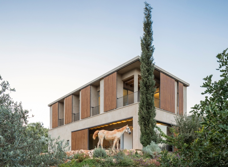 Golany-Architects_Residence-in-the-Galilee_05_Amit-Geron
