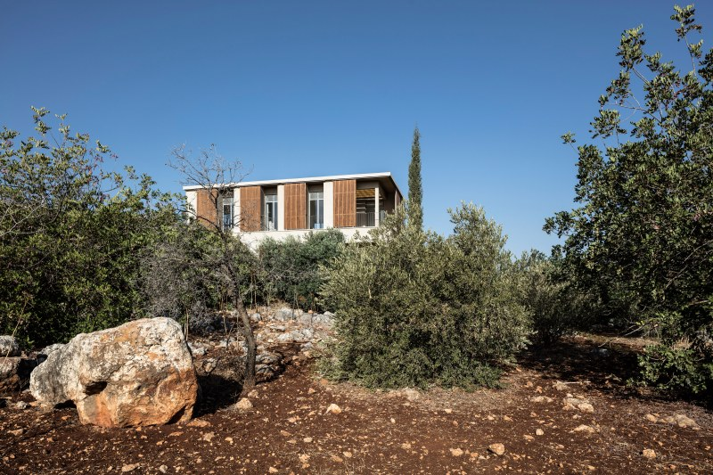 Golany-Architects_Residence-in-the-Galilee_06_Amit-Geron