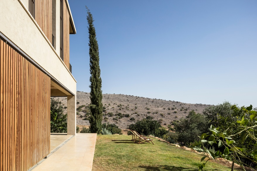 Golany-Architects_Residence-in-the-Galilee_07_Amit-Geron