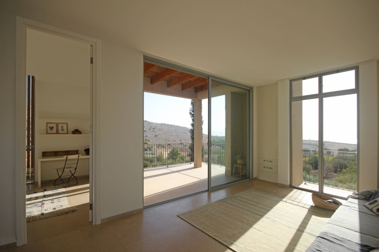 Golany-Architects_Residence-in-the-Galilee_09