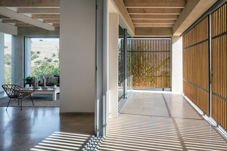Golany-Architects_Residence-in-the-Galilee_14_Amit-Geron