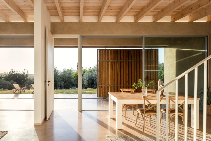 Golany-Architects_Residence-in-the-Galilee_24a_Amit-Geron