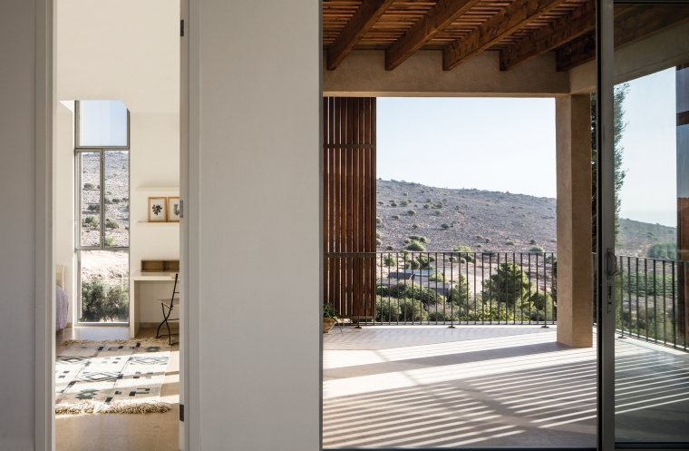 Golany-Architects_Residence-in-the-Galilee_33_Amit-Geron