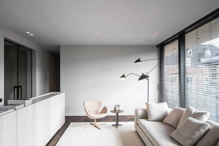 penthouse_o_548_JUMA