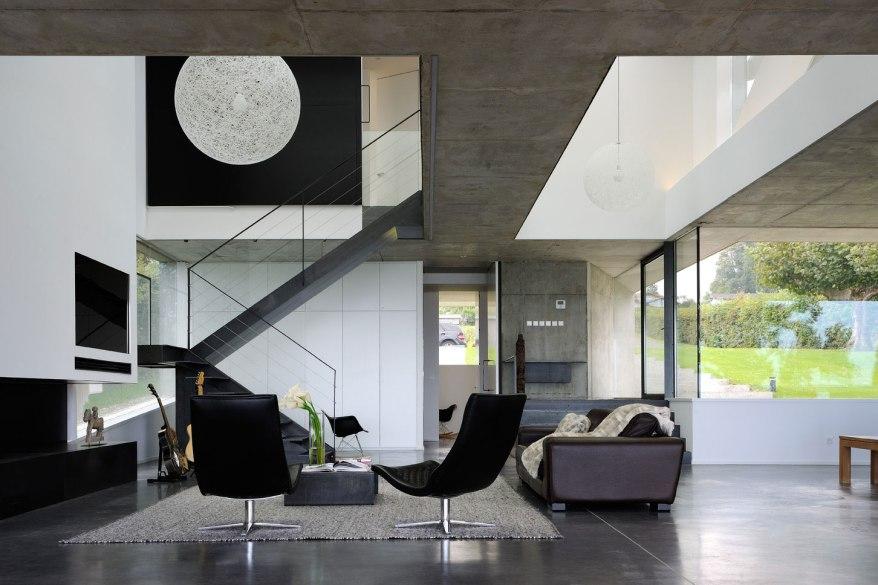maison-au-bord-du-lac-12-aum-minassian-architectes-architecture-maison-contemporaine-materiaux-beton-acier-brut-lac-leman-geneve-haute-savoie