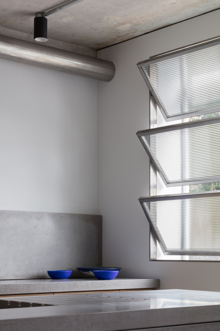 Union-Wharf-Islington-London-Concrete-Shutters-Kitchen-Interior-Residential-Architect