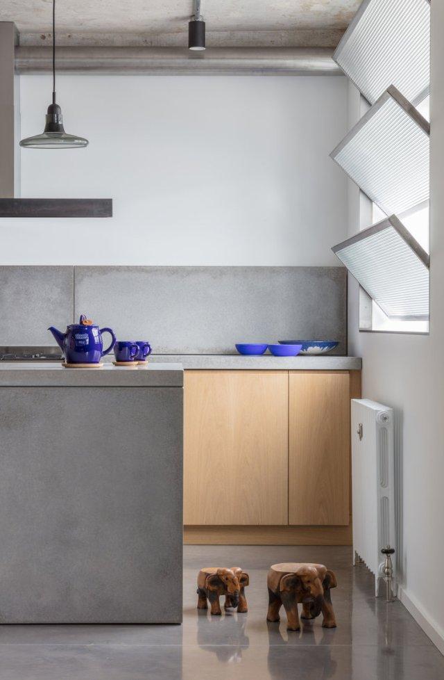 Union-Wharf-Islington-London-Concrete-Shutters-Kitchen-Island-Interior-Residential-Architect