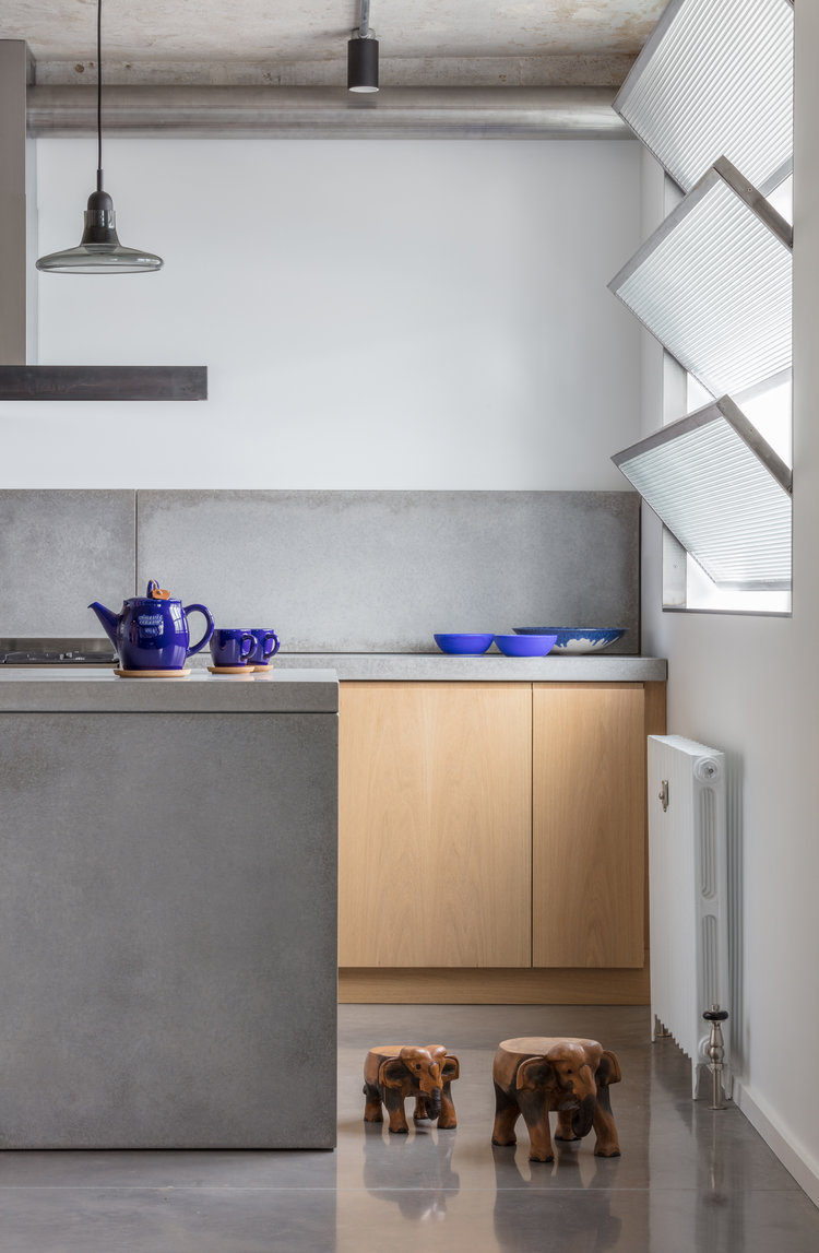 Union-Wharf-Islington-London-Concrete-Shutters-Kitchen-Island-Interior-Residential-Architect