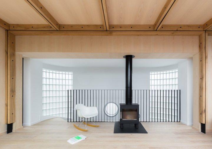 Union-Wharf-Islington-London-Timber-Roof-Extension-Balustrade-Design-House-Architect