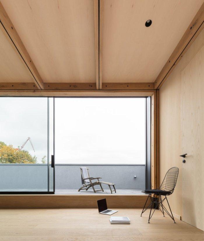Union-Wharf-Islington-London-Timber-Roof-Extension-Glass-Sliding-Doors-House-Architect