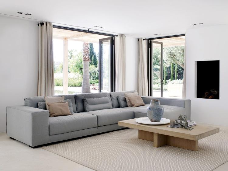 design-project-beach-villa-pt-south-coast-dieke-sofa-rp-018-wide
