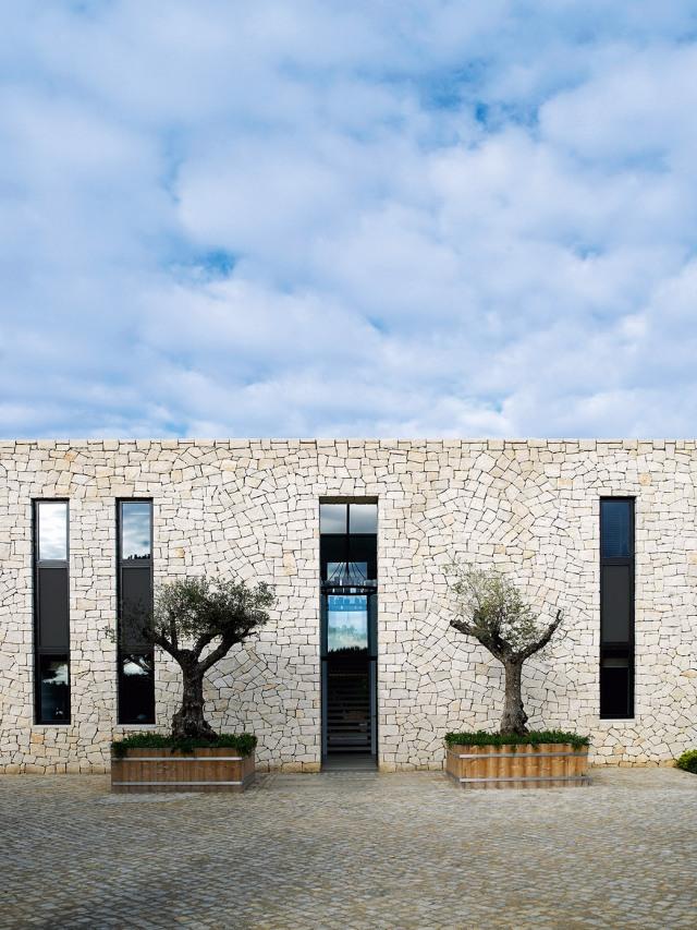 design-project-beach-villa-pt-south-coast-rp-003-tall