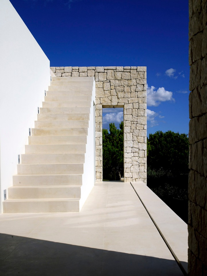 design-project-beach-villa-pt-south-coast-rp-107-tall