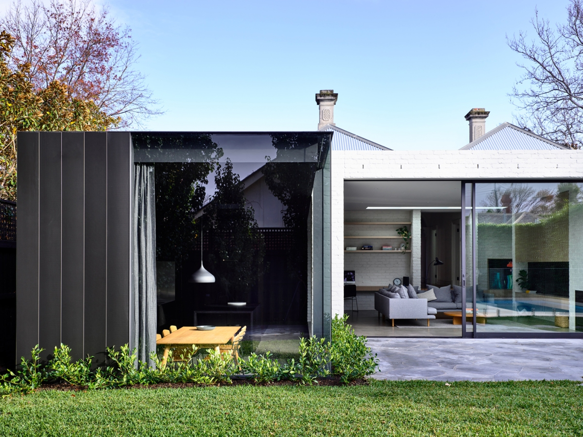Malvern house by Rob Kennon Architects