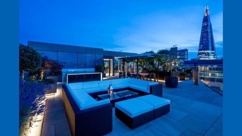 Sandringham 10.01 Roof Terrace at Dusk