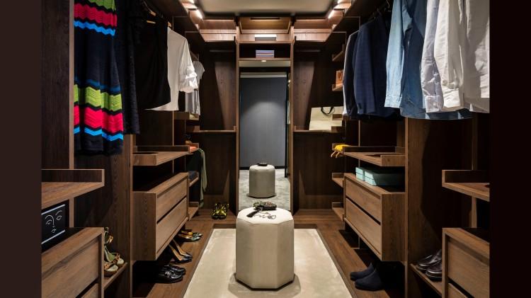 Sandringham 10.01 Dressing Room