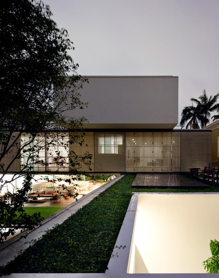 Belgica House by AMZ Arquitetos 10