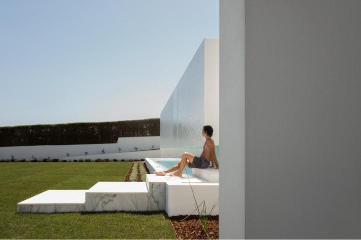 Carrara House Mário Martins Atelier 11