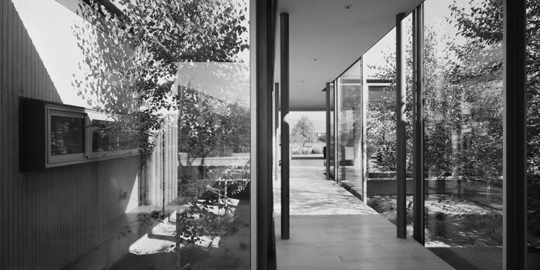 Casa 400 Columnas by Max NúñezArchitect 11