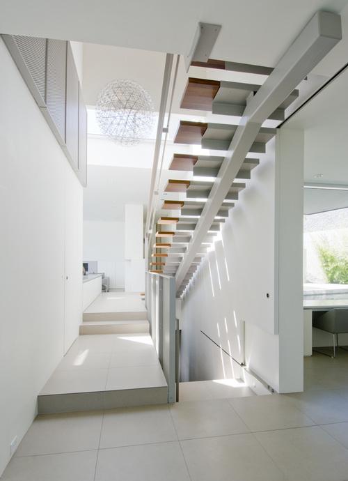 Esquimalt_ House_ Mcleod Bovell Modern Houses_ 05
