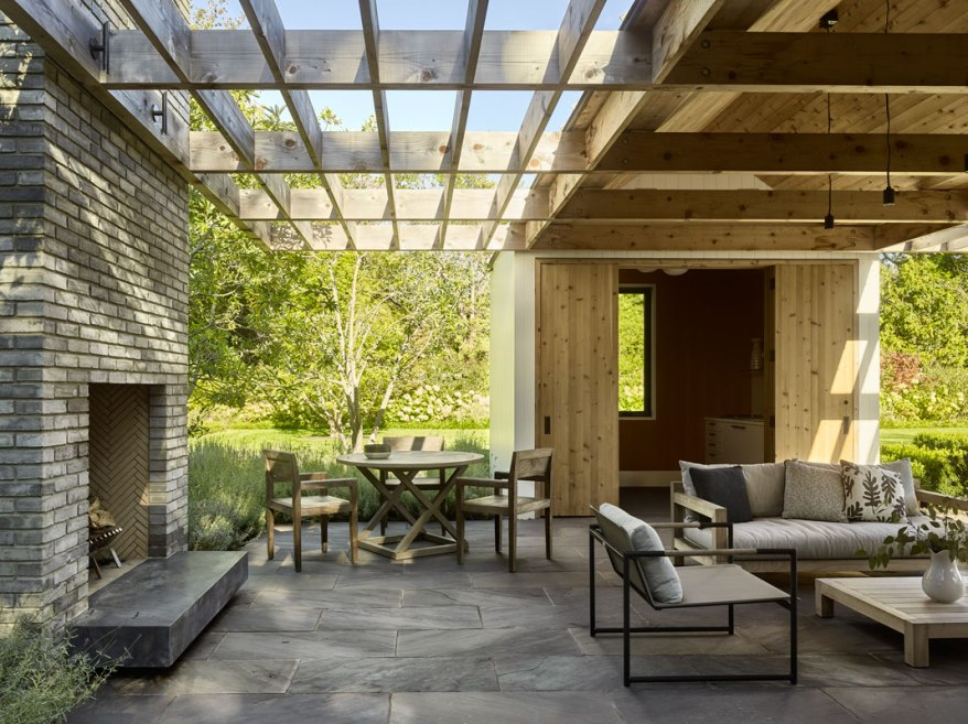 Further Lane Pool House by Robert Young Architects 05