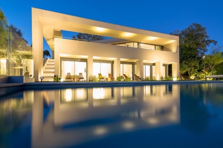 House L4 ▪ Ramatuelle, France by Vincent Coste Architects 03