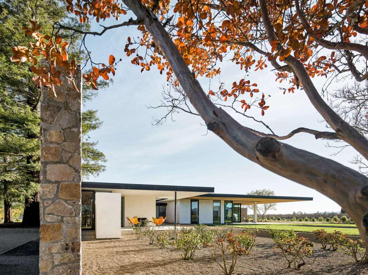Oak Knoll Residence by Atelier Jørgensen